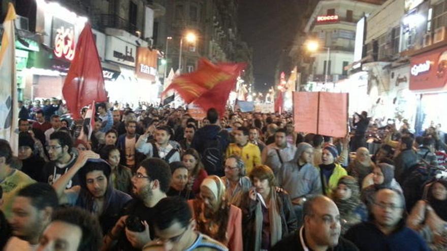 Una de las marchas procedentes de los barrios de El Cairo, con destino a Tahrir