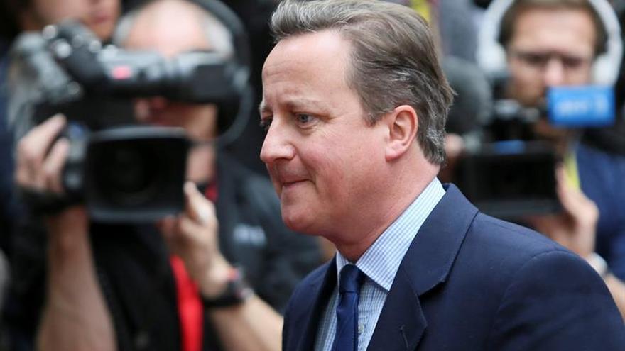 Cameron renuncia a su escaño en el Parlamento británico