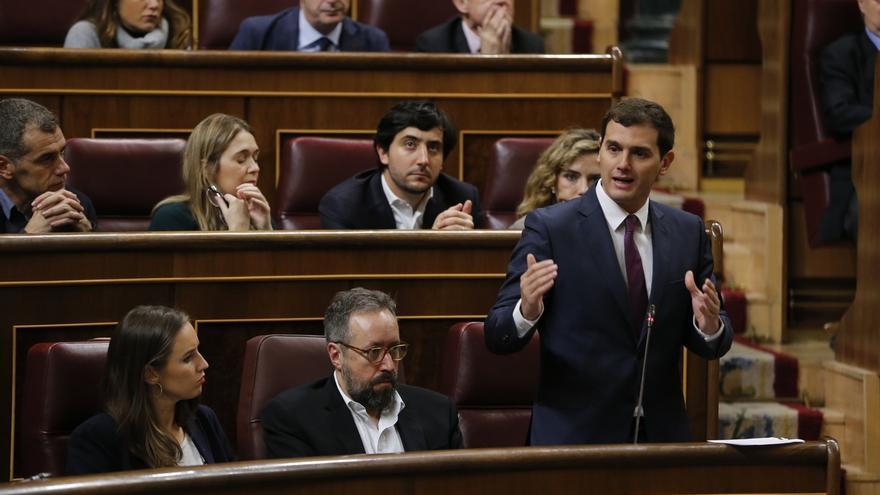 """Rivera pregunta a Santamaría cuándo afrontará la """"reforma constitucional exprés"""" para eliminar aforamientos"""