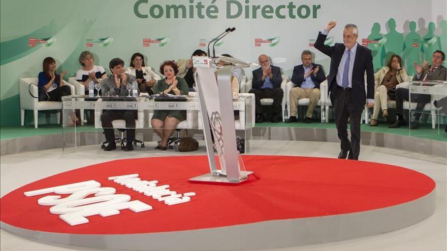 Griñán pide huir de la urgencia e imposición mediática en la elección del candidato