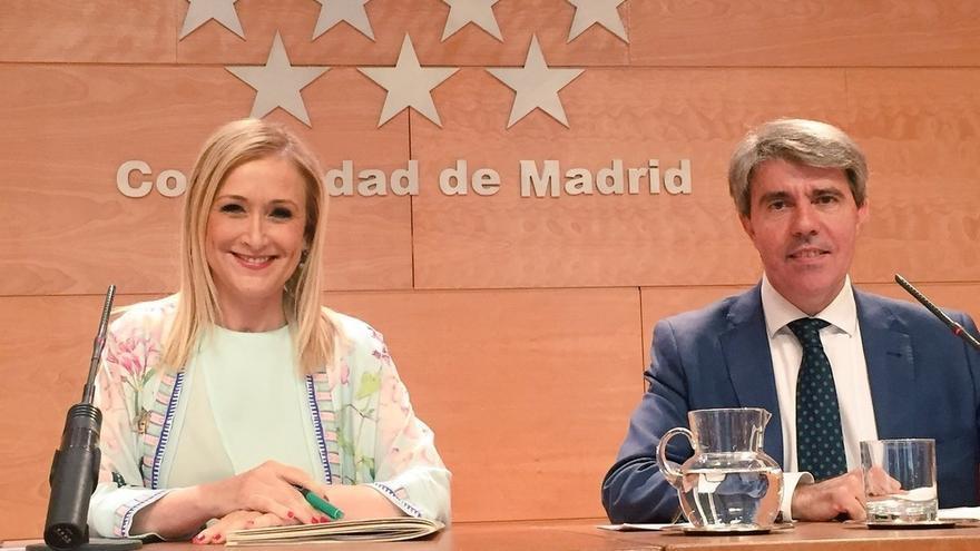 """Cifuentes cree que las decisiones del Gobierno sobre el """"desafío"""" de Cataluña deben contar con el mayor apoyo político"""