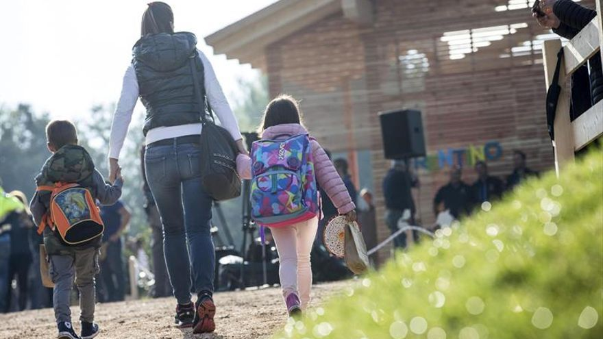 Los niños de Amatrice empezaron el colegio en módulos tras el terremoto