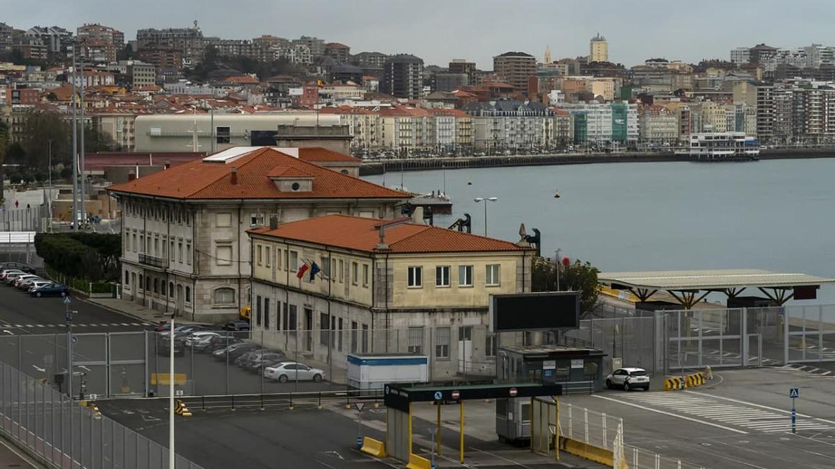 Frente marítimo de Santander, con el Paseo Pereda al fondo.