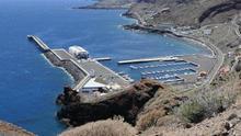 El tráfico marítimo con la isla de El Hierro volverá a la normalidad en las próximas semanas.
