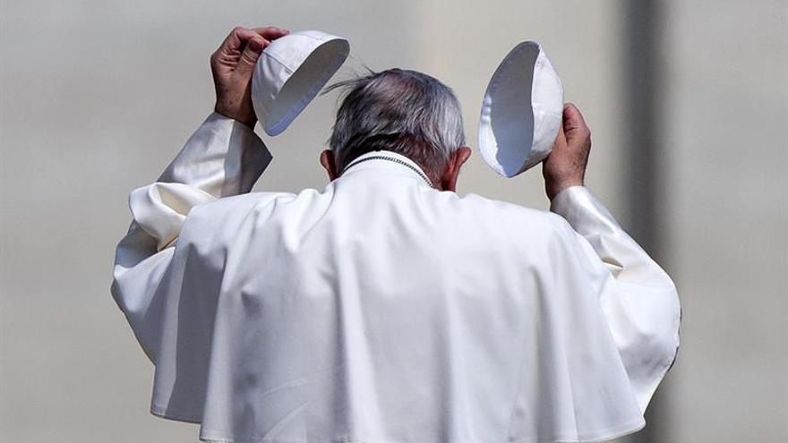 El Papa pide diálogo y huir de estereotipos negativos para gestionar la inmigración