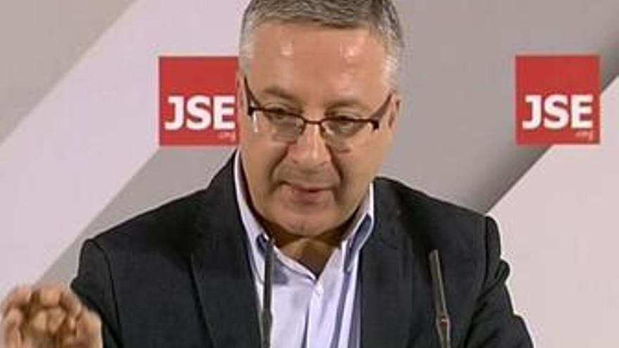 Blanco pide confianza por la congelación de las pensiones