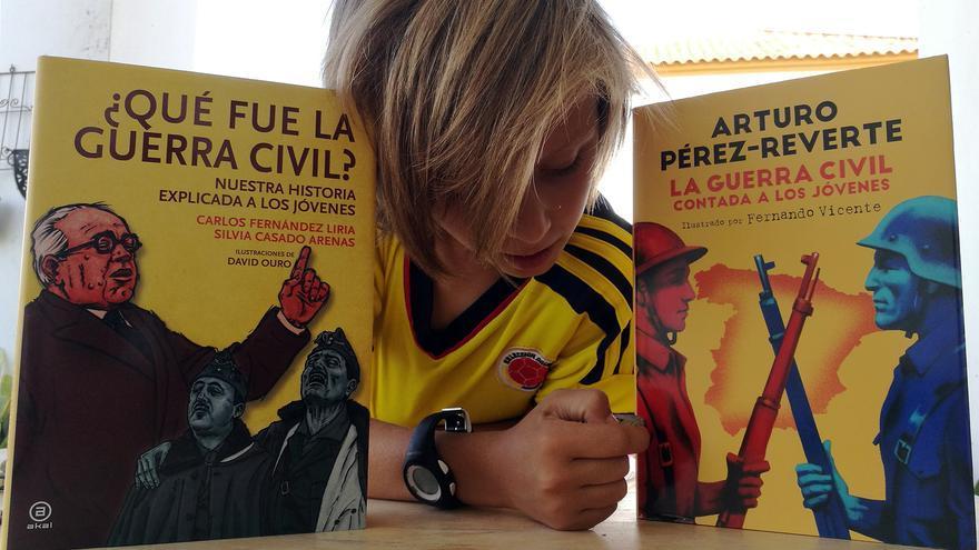 Un libro corrige a Pérez-Reverte y su versión \