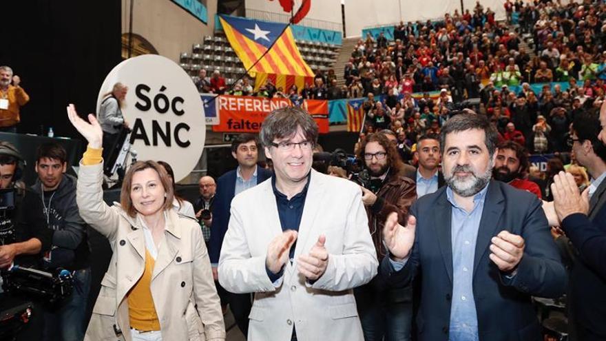 Puigdemont pide que se escuche la propuesta del Pacto Nacional por el Referéndum