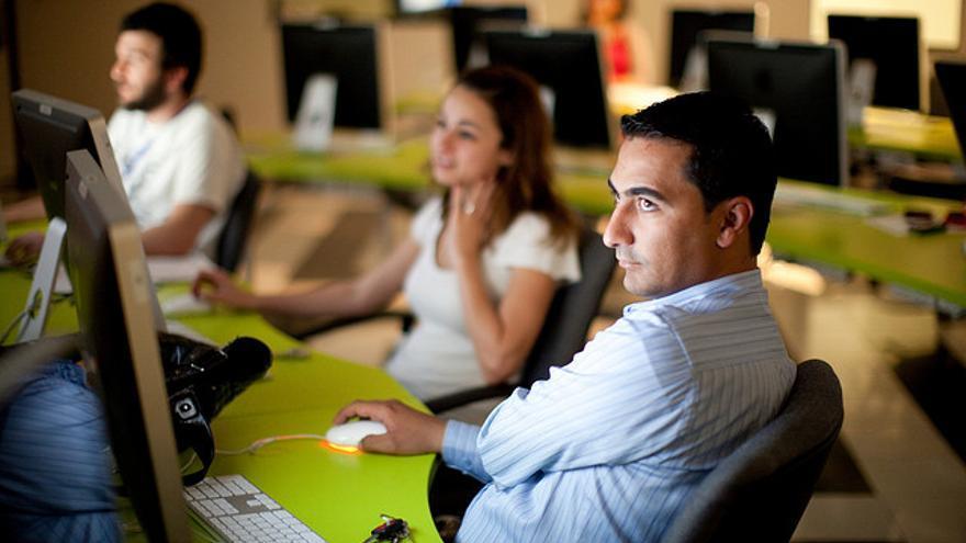 Muchas empresas ofrecen a sus empleados la opción de utilizar Macs en lugar de PC