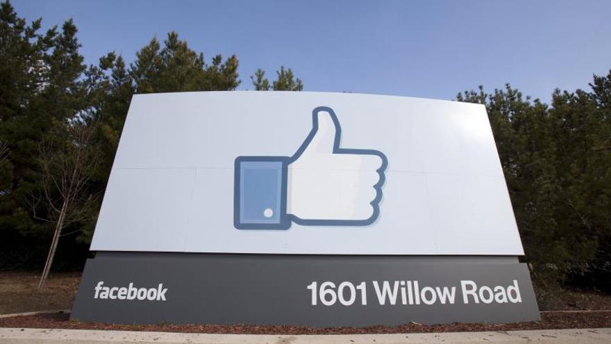 Facebook cierra 2013 con 1.500 millones de dólares de beneficio