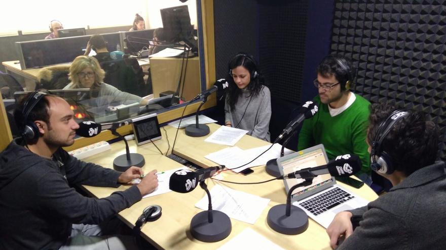 David G. Ortiz, José Luis Avilés y Cristina Sánchez de Hoja de Router