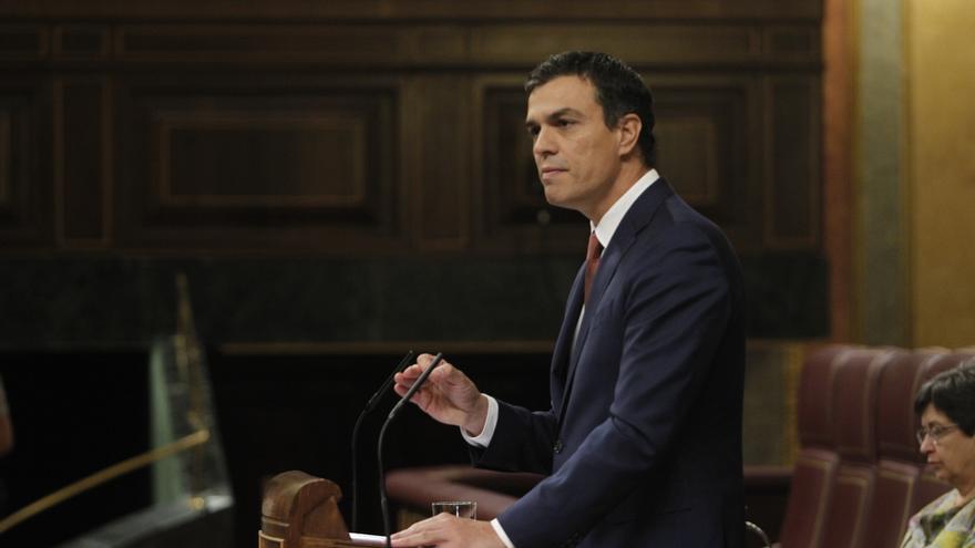"""Pedro Sánchez acusa a Rajoy de """"no hacer nada"""" frente al independentismo porque """"no sabe qué hacer"""""""
