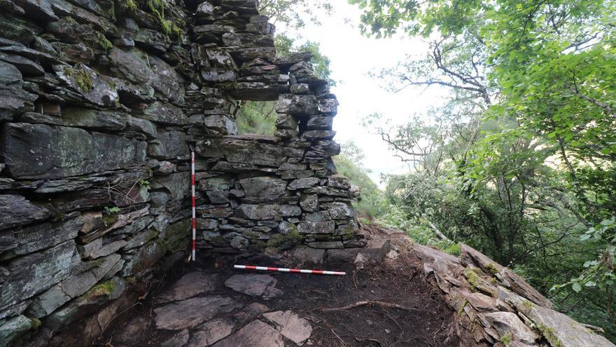 Restos de uno de los campamentos guerrilleros en la 'Ciudad de la Selva'