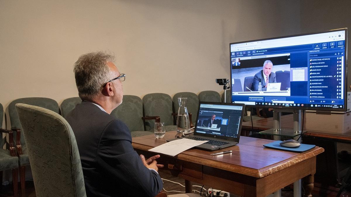 Ángel Víctor Torres durante su participación vía telemática en la tarde de este miércoles el Comité de las Regiones de la UE.