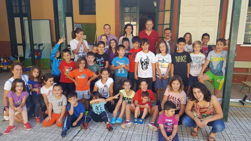 Alumnado del CEIP Monte Breña de Villa de Mazo.