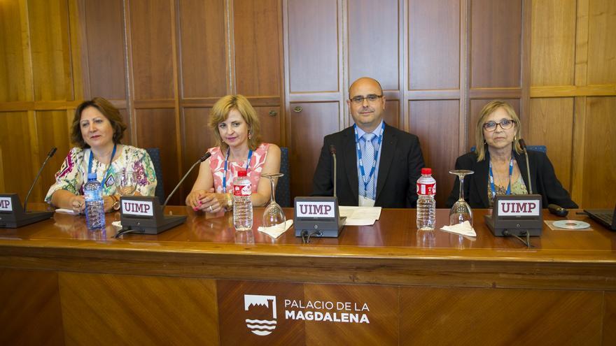 Mesa redonda del encuentro 'Violencia de género, logros y retos de futuro' de la UIMP | Juan Manuel Serrano