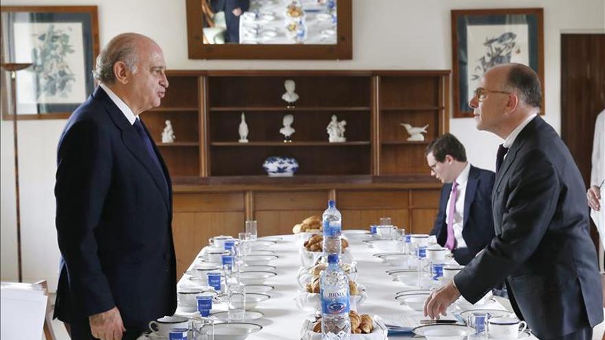 """España ve """"bien encaminada"""" la futura misión de la UE en el Mediterráneo"""