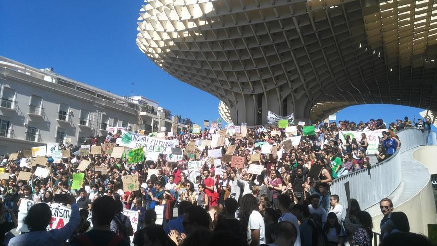 Estudiantes contra el cambio climático en Sevilla