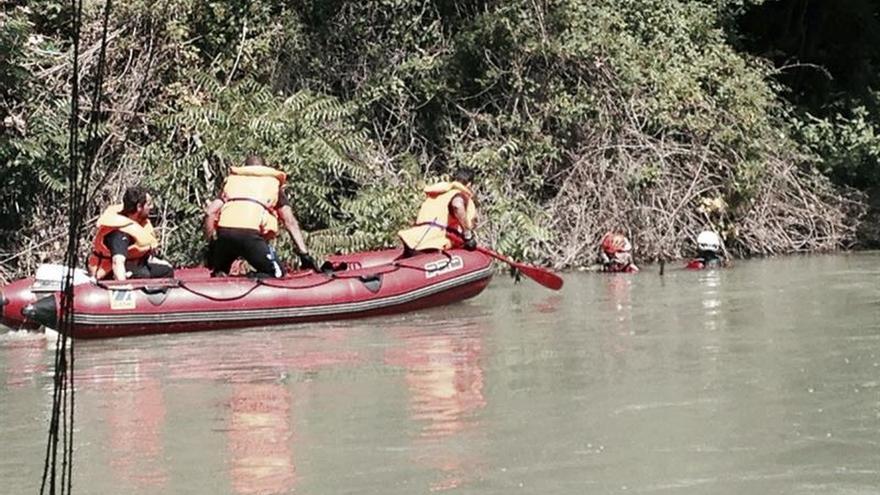 Reanudan la búsqueda del cazador que cayó al río Tajo en Añover (Toledo)