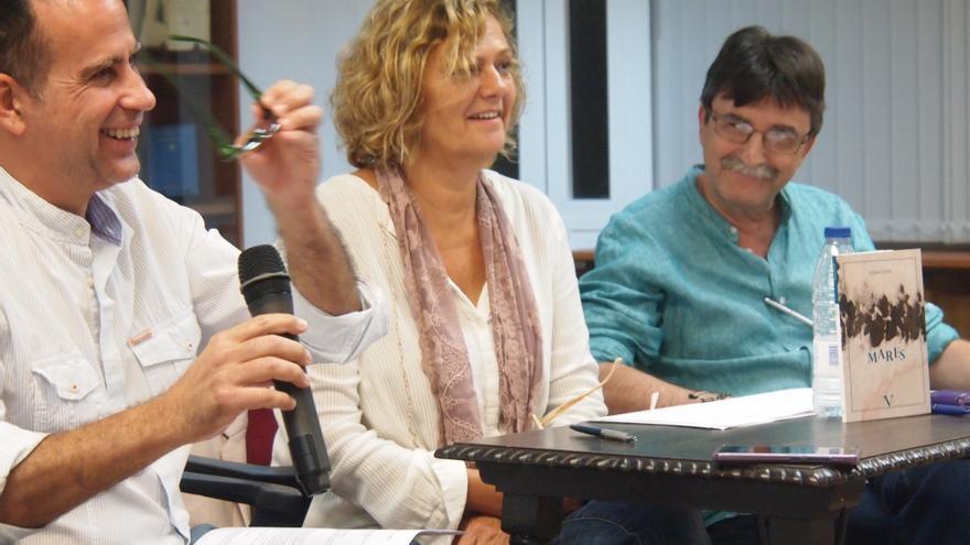 De izquierda a derecha: Fernando Pellicer, Silvia R. Court y Antonio Lozano.