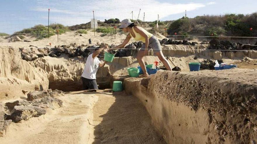 Yacimiento arqueológico en la isla Lobos.