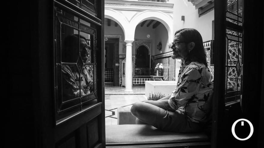 Entrevista N&B a Carlos Magdalena, conservador de plantas en el Jardín Botánico de Londres