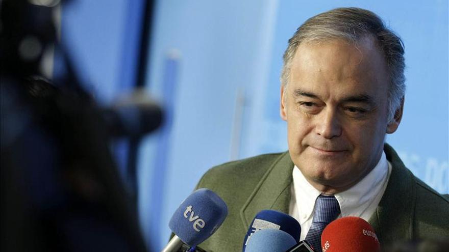González Pons avanza que se planteará reducir en 8.000 millones el gasto de la Administración