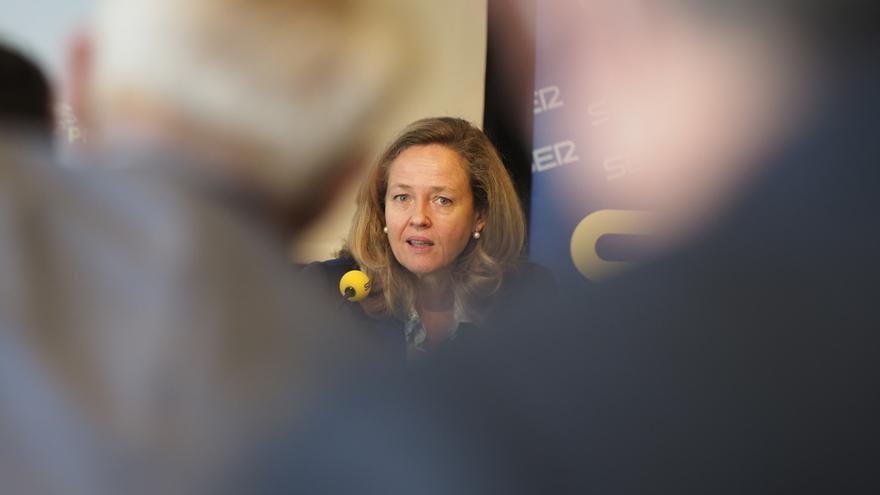 La vicepresidenta segunda y ministra de Asuntos Económicos y Transformación Digital, Nadia Calviño, interviene en Pamplona en el Foro SER Navarra.