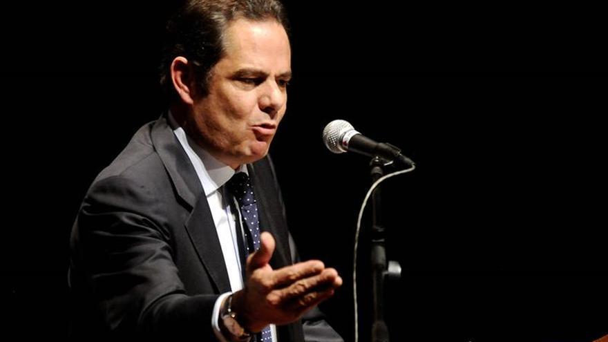 El vicepresidente colombiano renuncia al cargo para ser candidato presidencial