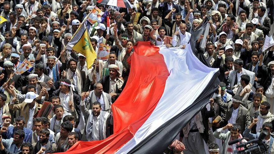 El Ejército yemení despliega tanques por temor a choques entre los manifestantes