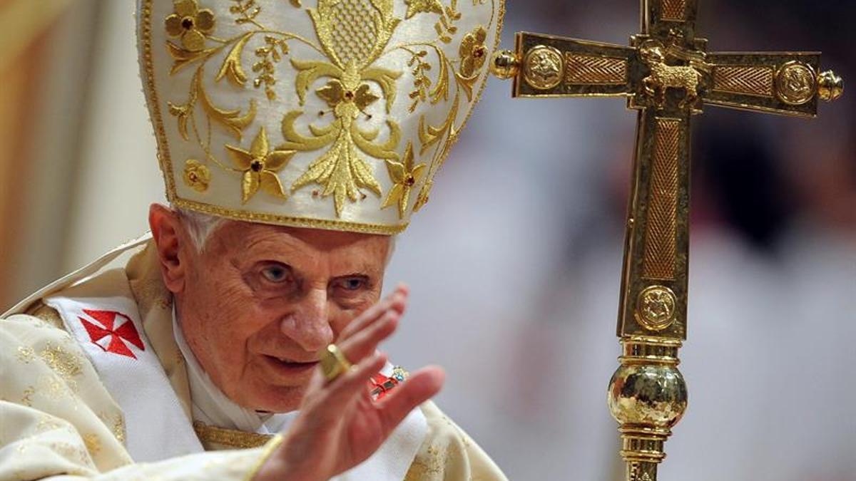 Francisco y Ratzinger celebran los 65 años de sacerdocio del papa alemán