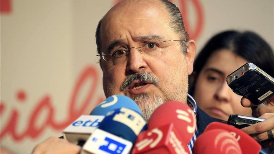 La Fiscalía denuncia al ex secretario general del PSE en Álava Txarli Prieto