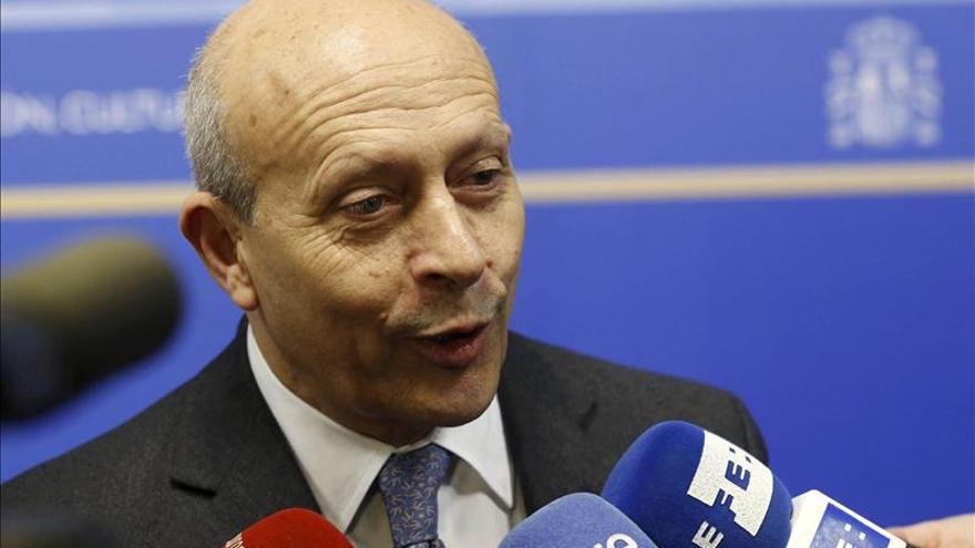 """Wert asegura que """"consta en acta"""" que anunció a las Comunidades una subida de las becas Erasmus"""