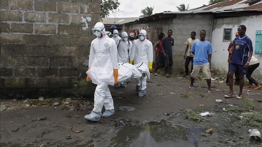 Sierra Leona registra récord de muertes por ébola en un día con 121 muertos