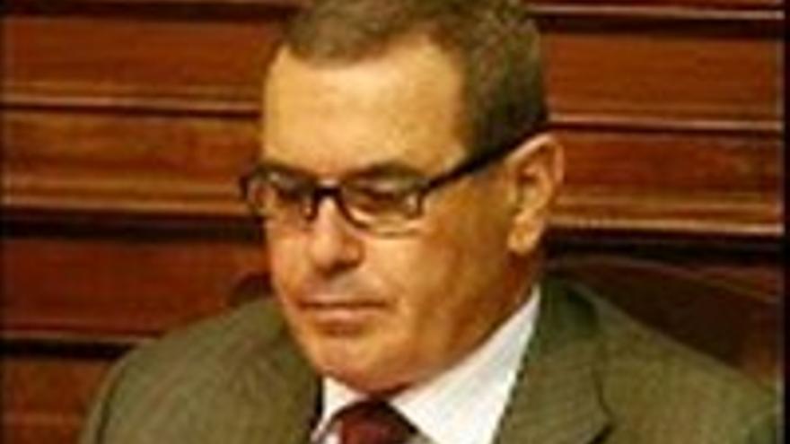 Esteban Bethencourt.