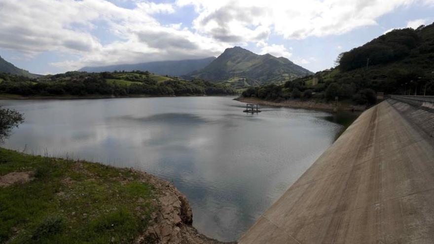 El déficit de agua se agrava en España, aunque la situación no es límite