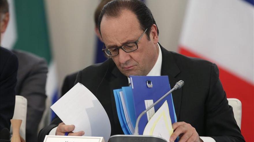 """Hollande reconoce """"resistencias"""" al acuerdo sobre el clima"""