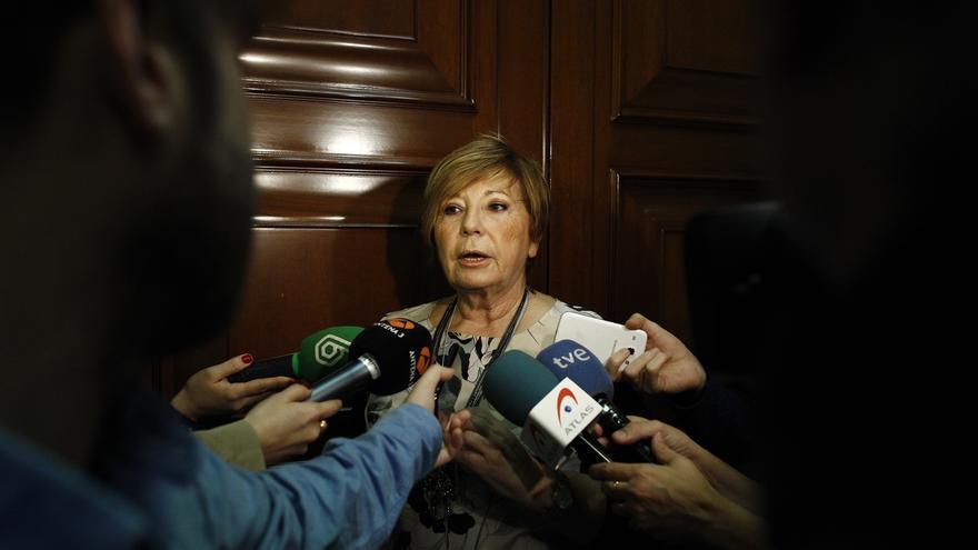 """Villalobos critica a quienes """"humillan"""" al PP pidiendo la salida de Rajoy: """"¿Qué parte del 'no' no entienden?"""""""