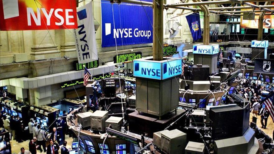 Wall Street abre al alza y el Dow Jones sube un 0,35 por ciento