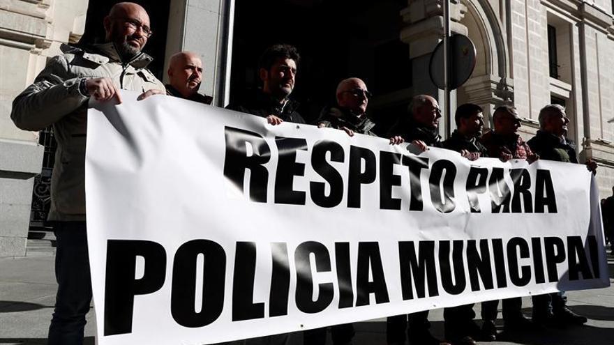 La Policía Municipal asegura que los agentes patrullan con normalidad por Lavapiés