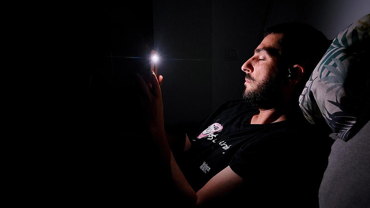 A punto de empezar a usar la App que envía luces estroboscópicas para inducirte mentalmente a la meditación