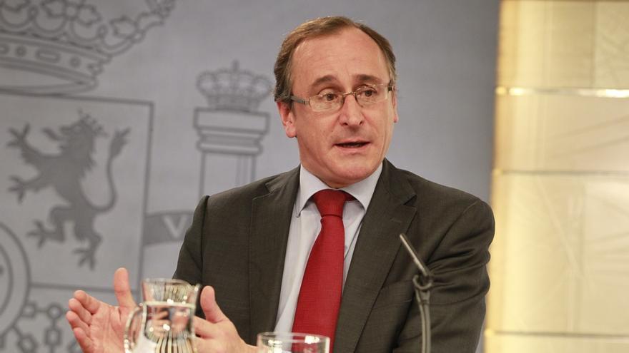 """Alonso augura una """"maduración acelerada"""" de la situación catalana y espera que surjan nuevos actores políticos"""