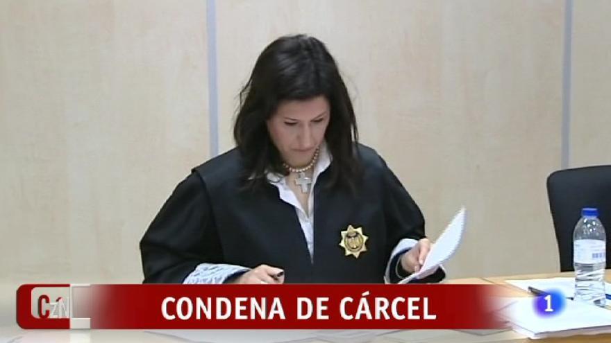 """""""¡El dos, el seis, el uno!  DOS. SEIS. UNO. Ortega Cano ha sido condenado a dos años, seis meses y un día"""""""