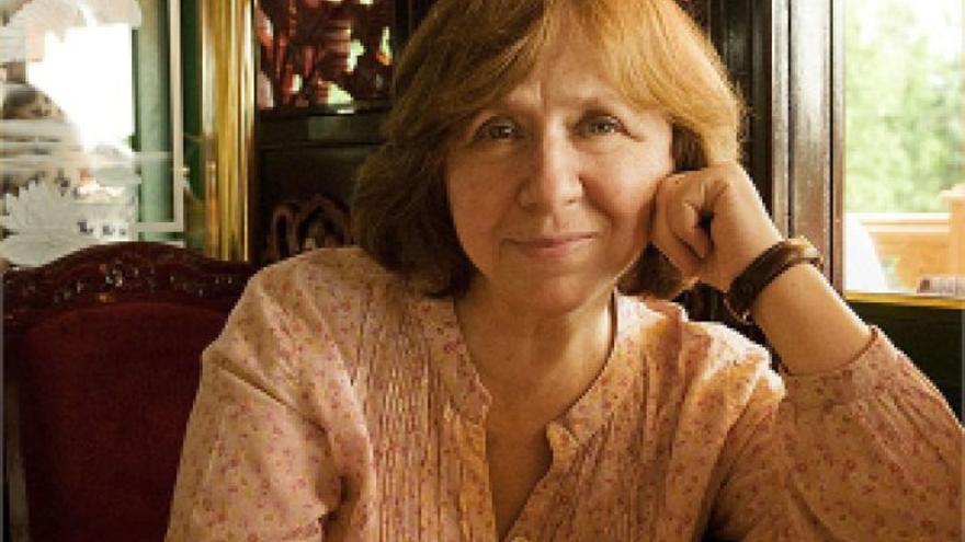 Svetlana Alexijevich, otra vez favorita al Nobel de Literatura