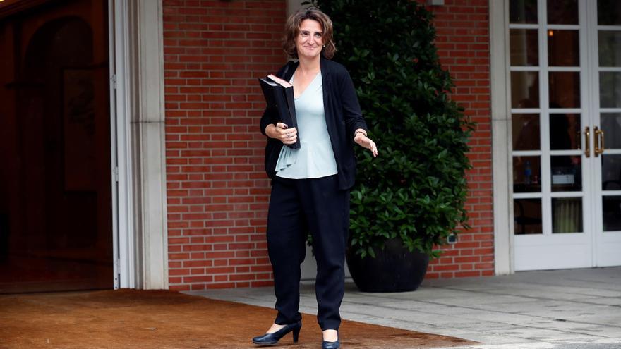 La ministra de Transición Ecológica, Teresa Ribera, a su llegada al Palacio de la Moncloa para asistir al primer Consejo de Ministros.