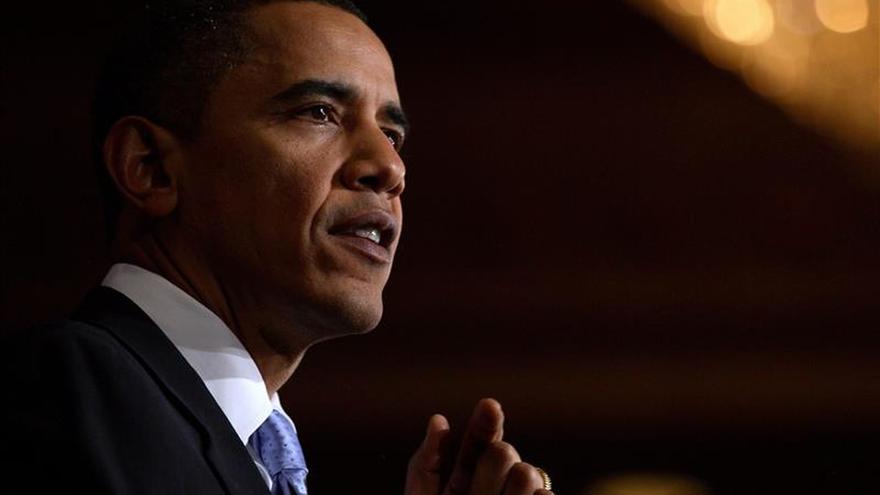Obama bromea sobre un posible discurso del Estado de la Unión de Trump en 2017