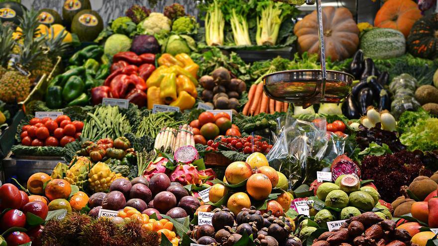 Productores, industria y distribución del sector agroalimentario piden la supresión de la venta a pérdidas