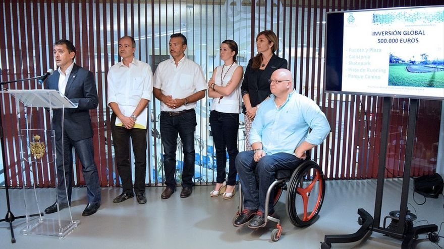 El alcalde presenta el plan de actuación en el Parque de La Granja