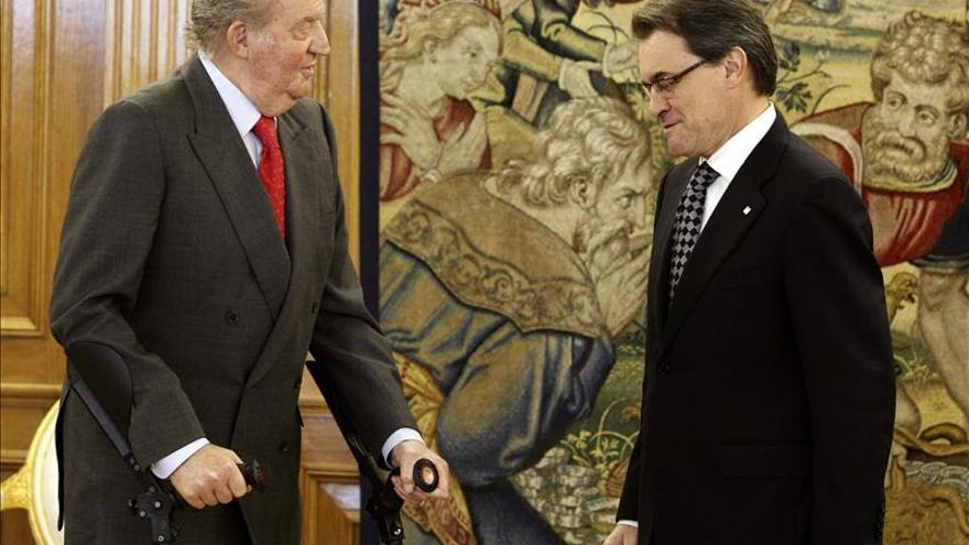 El Rey recibe a Artur Mas en su despacho de la Zarzuela