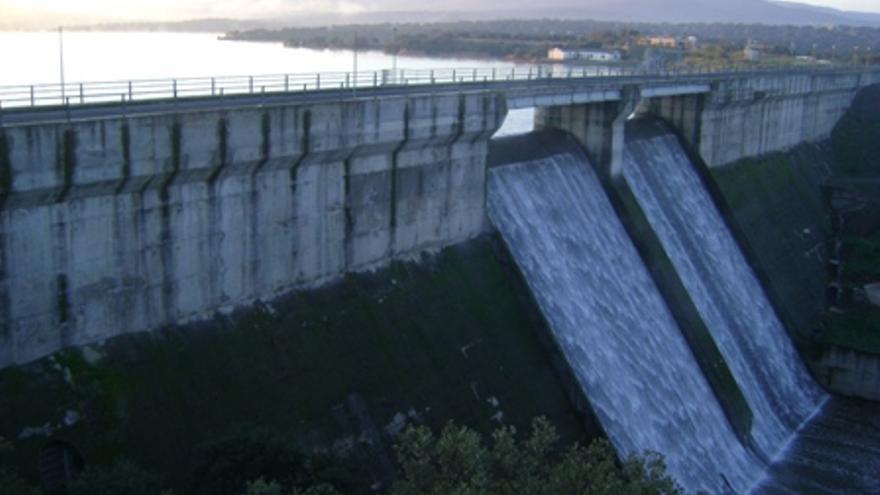 Pantano presa embalse Nogales